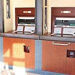 【ディズニーランド・シー】ATMの場所と手数料!