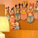 ディズニーランド、シーは3歳以下入園無料!子供向けサービスも充実!