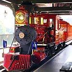 【ディズニー】ウエスタンリバー鉄道は進行方向右側の席で景色を楽しむ
